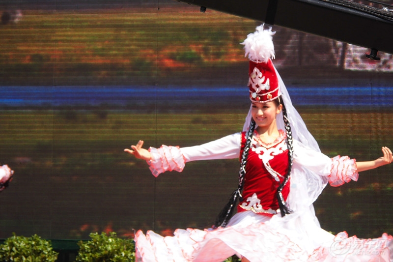 哈萨克族美女