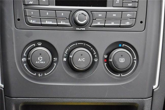 标致308怎样除车内雾气啊,不知道哪个按钮高清图片