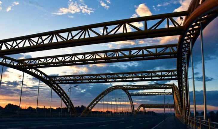 梅河大桥简笔画