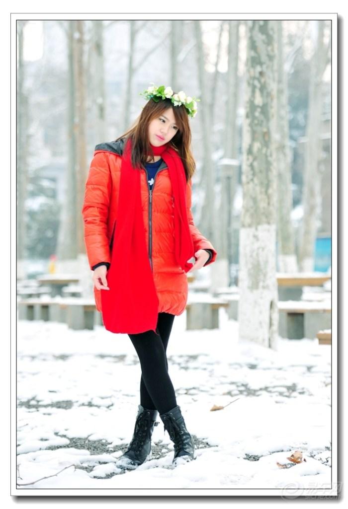 中的红衣少女】图片