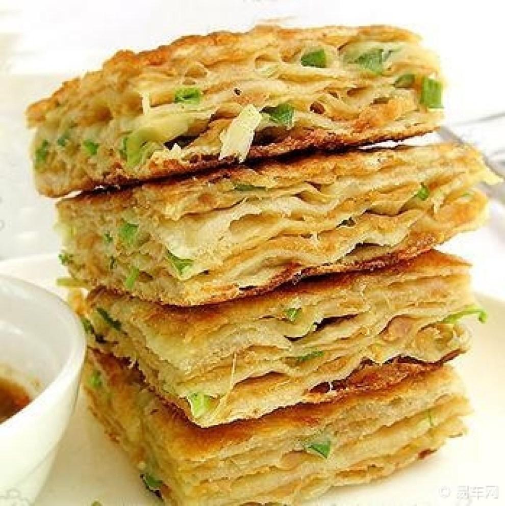 葱香千层饼_【每日美食】葱香千层饼