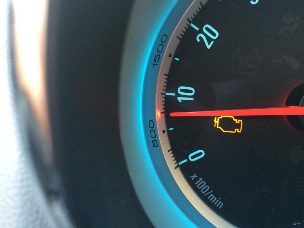 别克英朗发动机故障灯亮,并且不能行驶.(除了发动机故障灯亮.