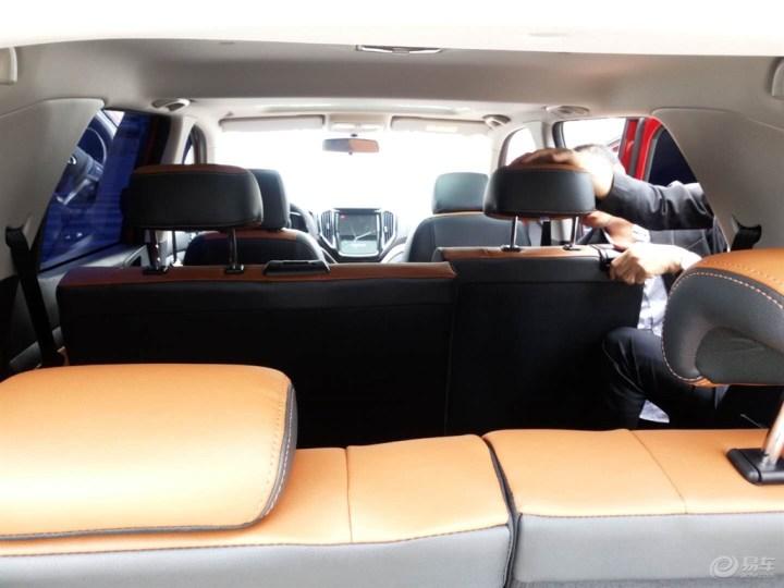 提妩媚霸气小老婆—红色长安CX70T,大家速来围观!!!