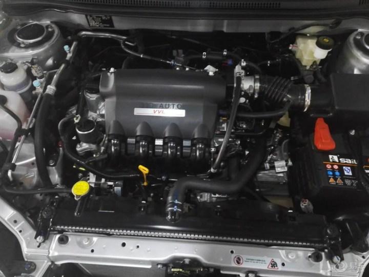 比亚迪f3看车记  发动机采用byd473qe的1.5自然吸气发动机,配合1.图片