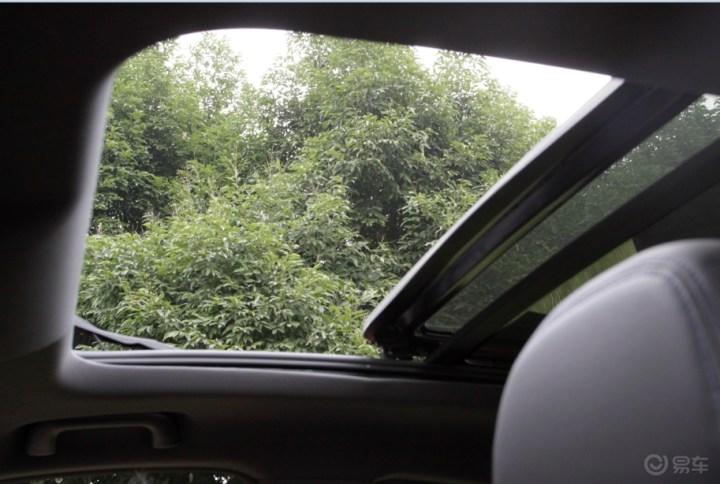 风光ix5这个大天窗,也是我选择风光ix5的原因之一
