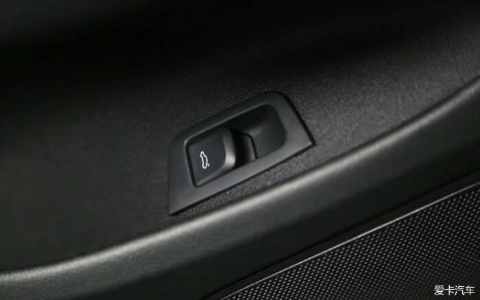 奥迪Q3电动尾门施工图片!不说了,看图!