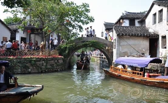 蓝色x8 金秋国庆江南水乡 周庄 乌镇 苏州自驾之旅 转高清图片