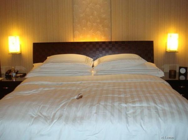 酒店夜床设计图片展示图片