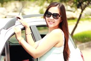 唇红齿白 天语SX4美女车主秀可爱